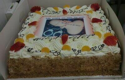 Hens Cake