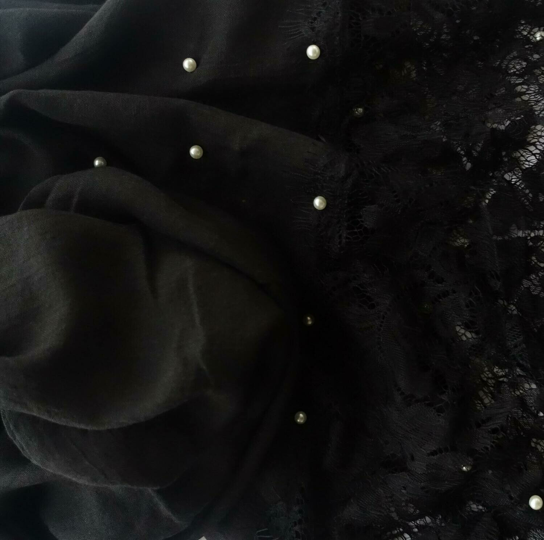 Hidjab noir en dentelle
