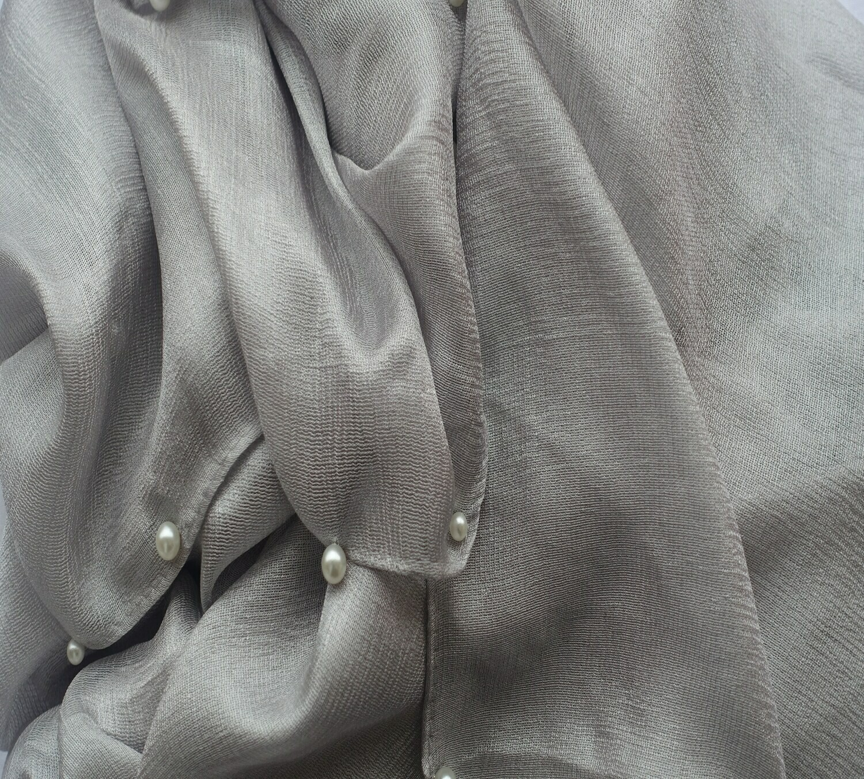 Hidjab soie gris