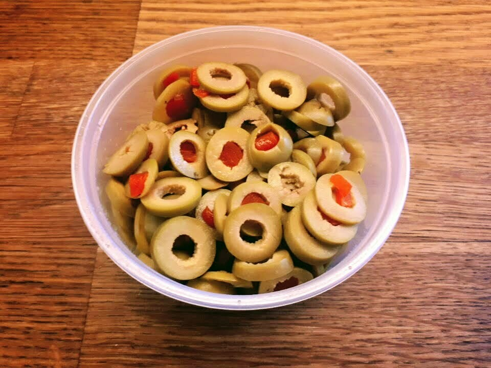 Sliced Queen Olives w/pimento
