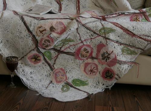 Плед ручной работы «Цветущая яблоня»