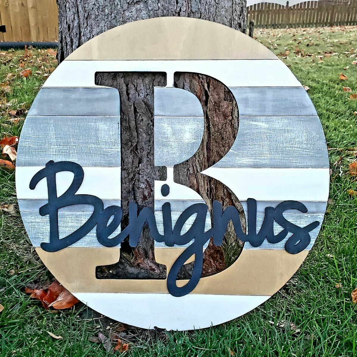 Round Shiplap 3D Personalized Sign