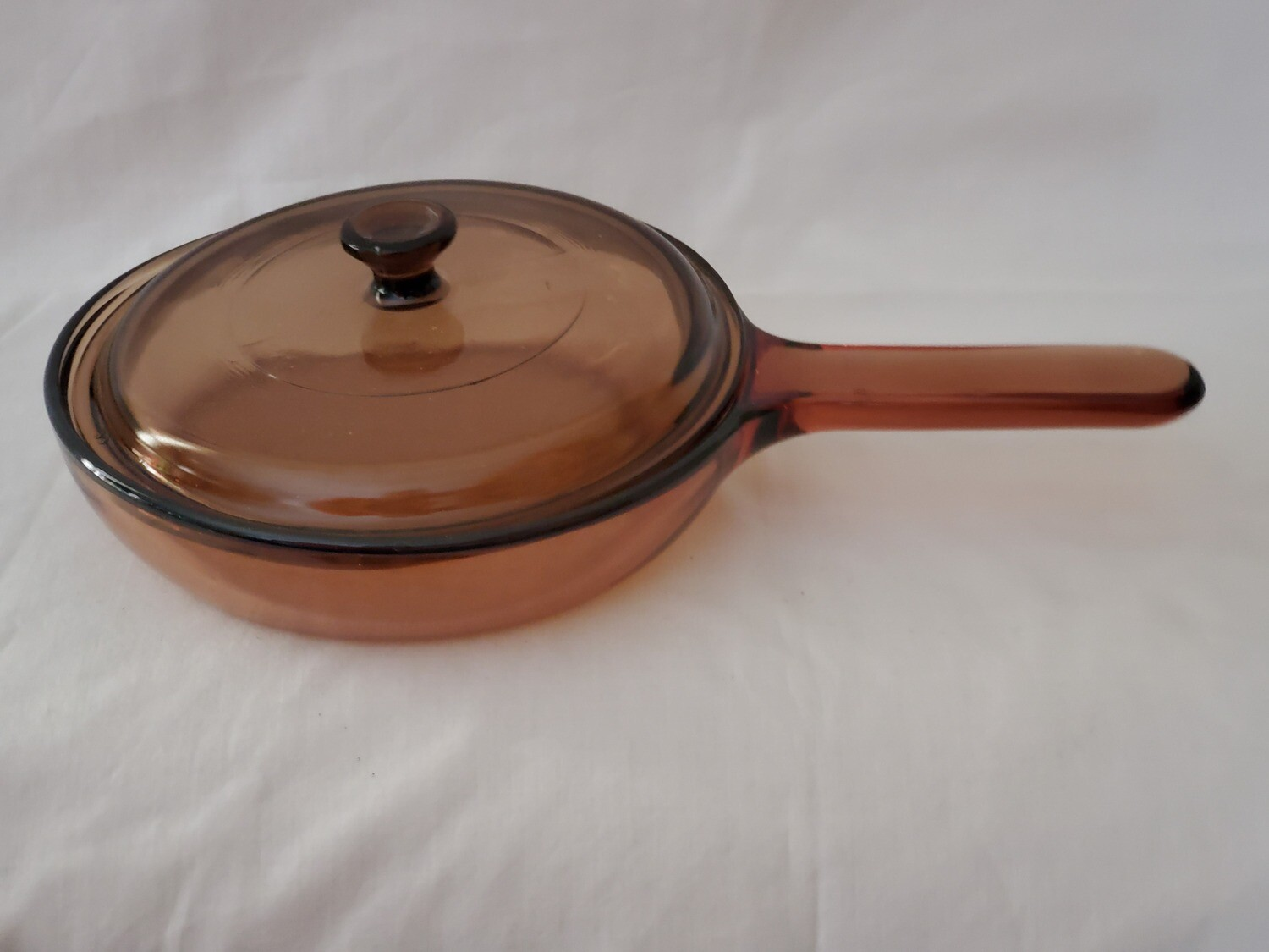 "Corning Ware Visions 7.25"" Skillet, Fry Pan W/Waffle Bottom and Cover"