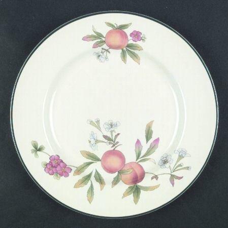 Cloverleaf Bread & Butter Plate, Peaches & Cream