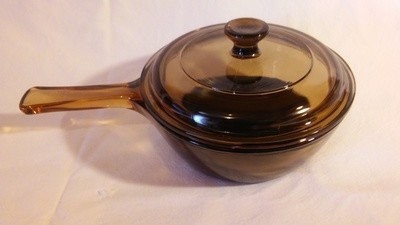 Corning Ware Visions Sauce Pan, .5L with Cover & Non Stick Bottom, Amber