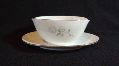Noritake China Gravy Boat W/Attached Underplate, Altadena Pattern #6437