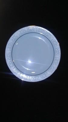 Noritake China, Fidelity Pattern #8003W81, Bread & Butter Plate 6 1/4