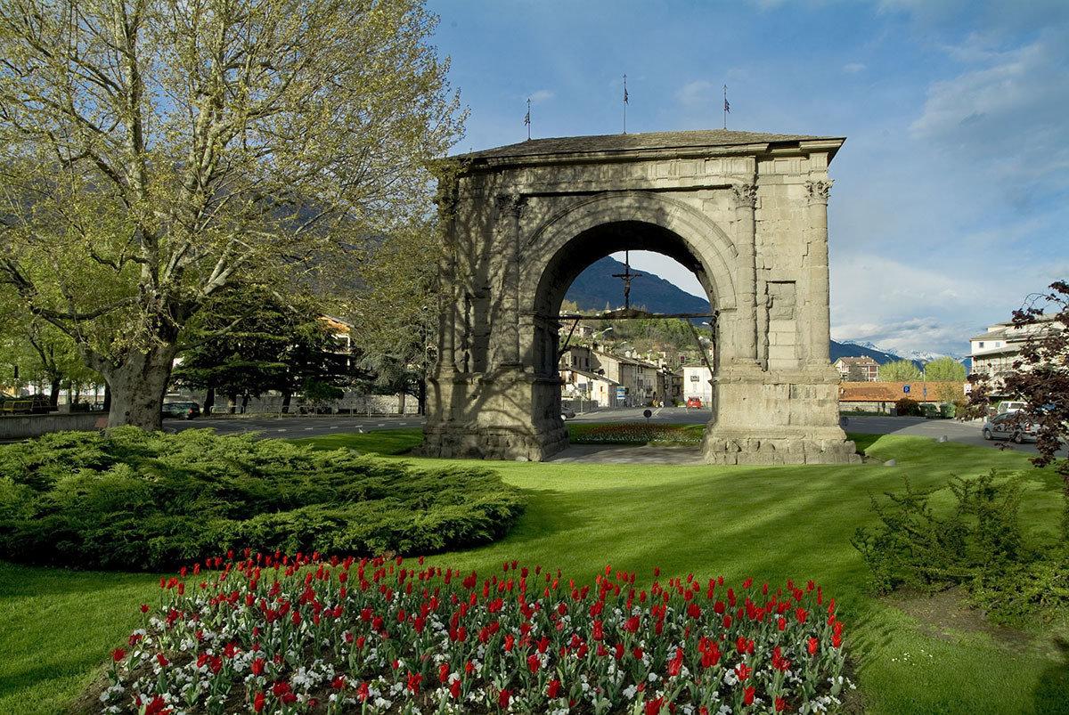 Arco d'Augusto Aosta