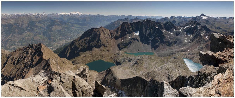 Veduta dall'Emilius (3.559m) - versante Est