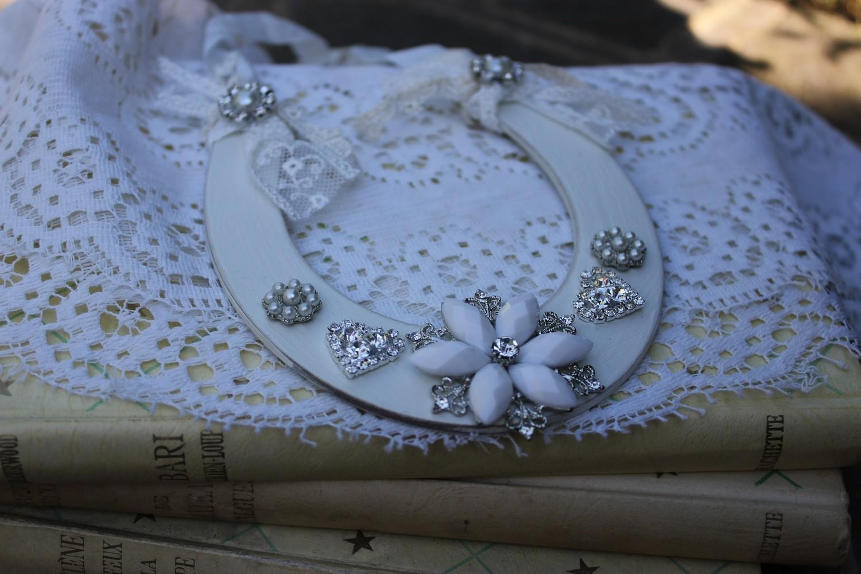 Vintage Style Wedding Bridal Horseshoe