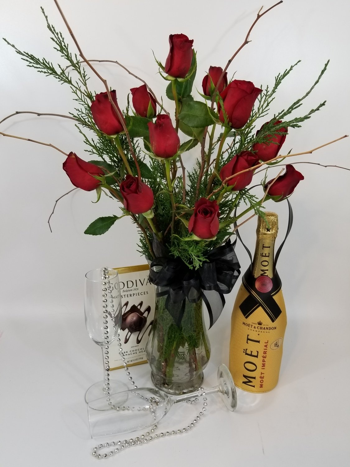 Red or White Roses with Champagne and Chocolates
