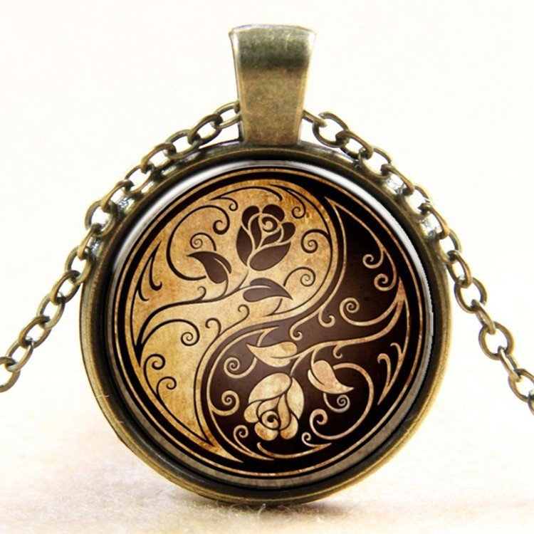 """27mm Rose Yin Yang Necklace  Antique Brass colour 18"""" Chain"""