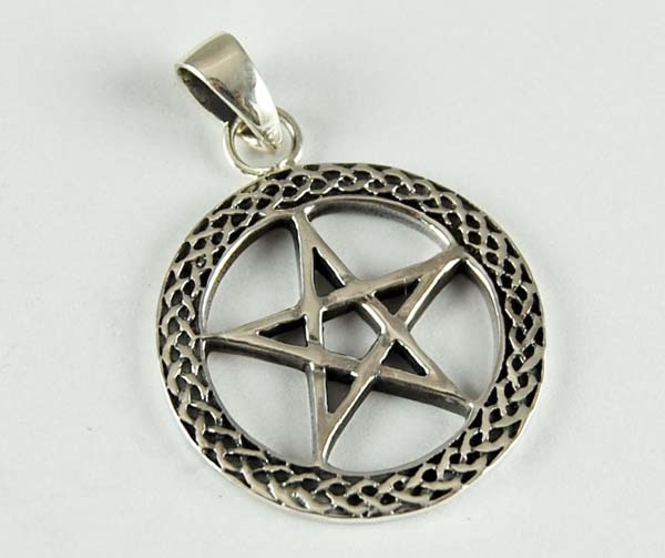 Pendant Silver Pentagram In Circle