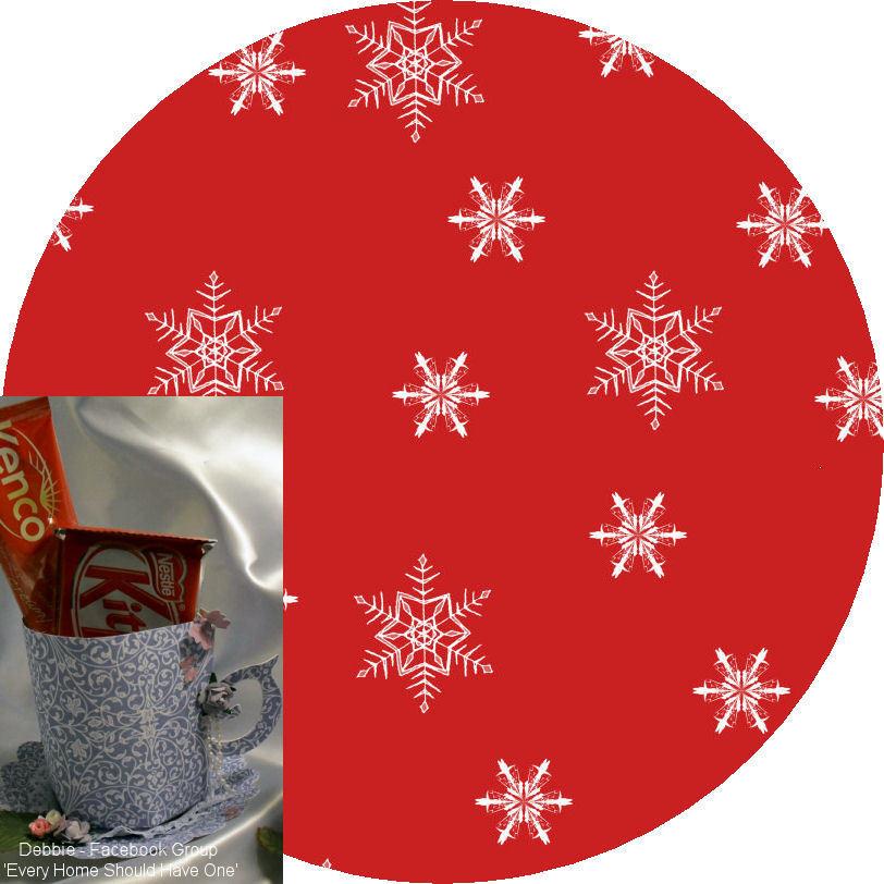 Christmas Snowflakes Mug and Saucer Set (red option)