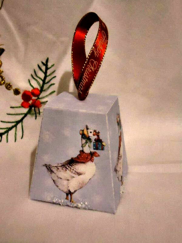 Goose on Blue Snowflakes  Christmas Treat Box  Print N cut for Cameo