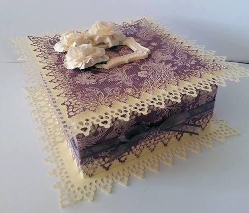 Touch of Romance Square Box LARGE AND DEEP