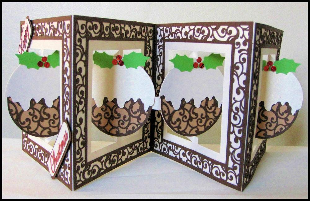 Accordian Card - Christmas Pudding -  FCM Scan n Cut
