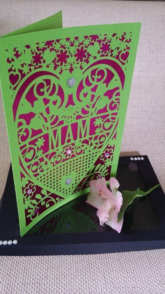 Mam  Birthday Card (with box)  beautiful cutout design
