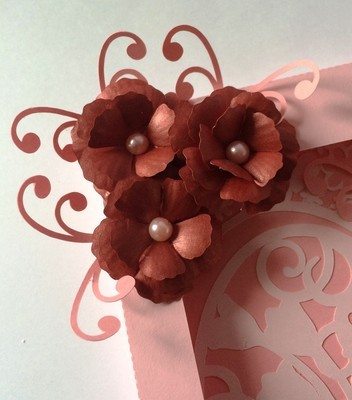 pretty 3d flower - resize to suit