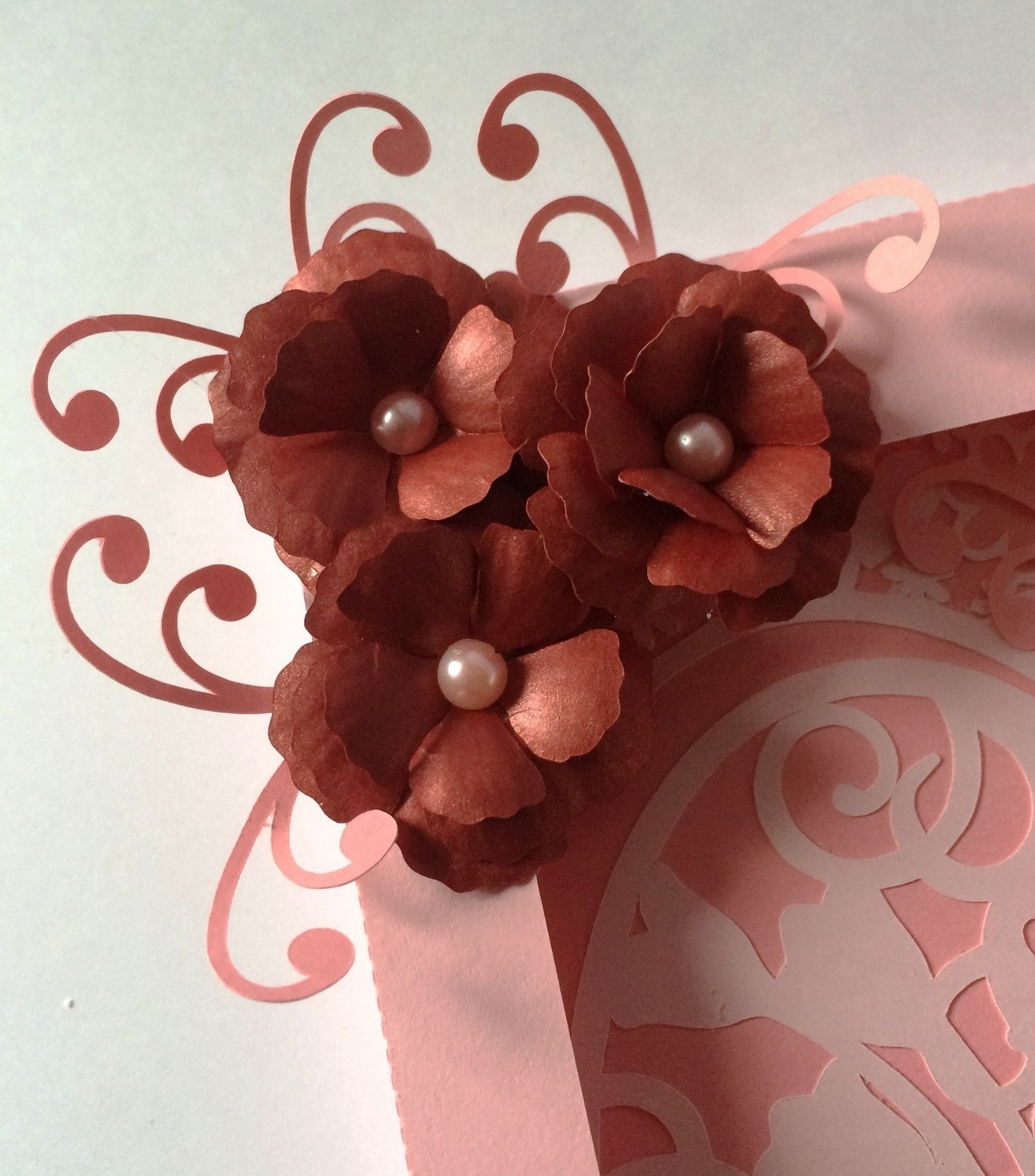 pretty 3d flower - resize to suit   - SVG - format