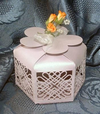 Entwined Hearts Favour Box No 2