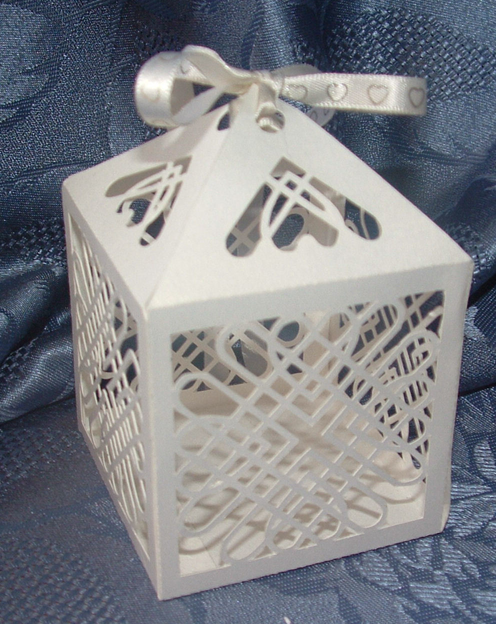 Entwined Hearts Favour Box No 1