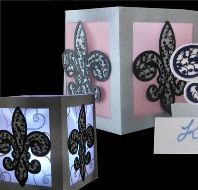 Fleur De Lis Filigree Table Luminaire light