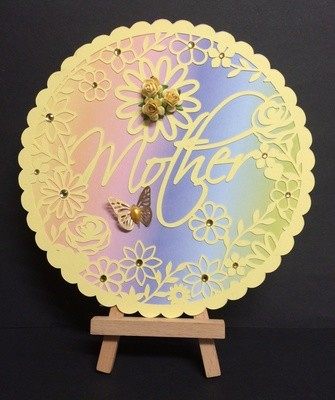 Mother decorative round frame ideal for Mother's Day.