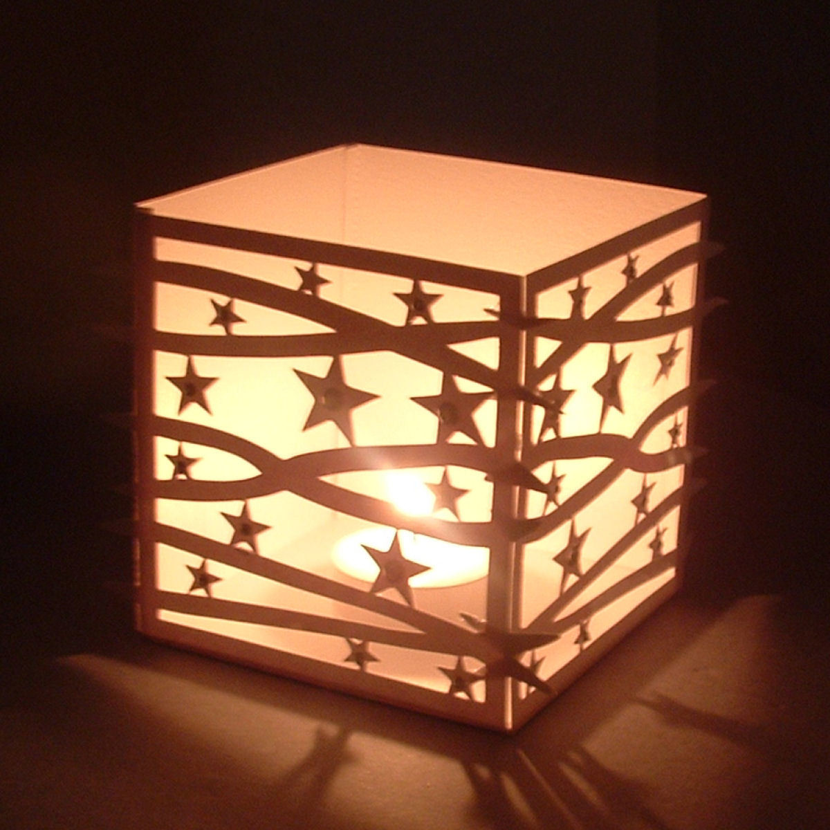 Cube - star pattern luminaire
