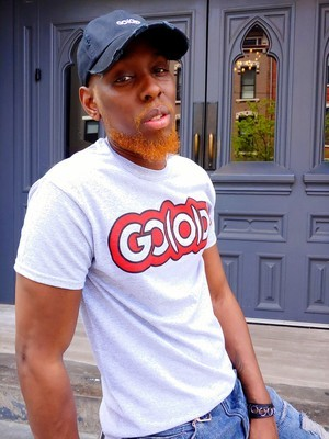 GO(O)D Classic Outline tee-heather gray/red/black trim