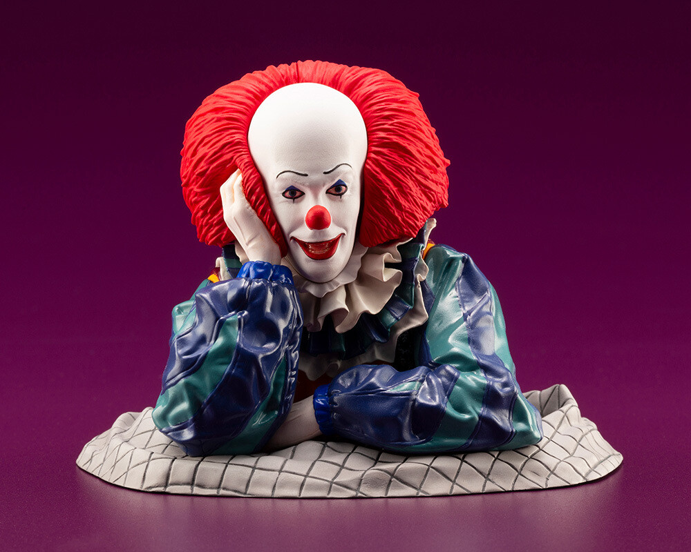 Pennywise from IT 1990 ARTFX STATUE