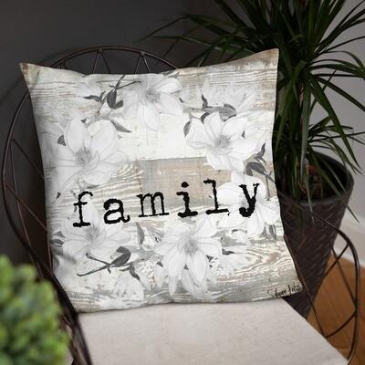 Family wreath Basic Pillow