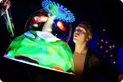 Шоу гигантских мыльных пузырей / неоновое шоу мыльных пузырей