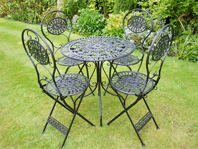 Elegant Georgie Metal Garden Table and Chair Set