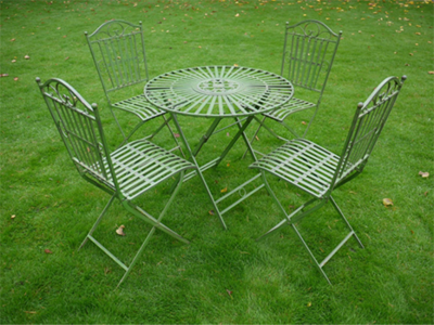 The Ella Garden Table with 4 Garden Chairs  in Antique Green