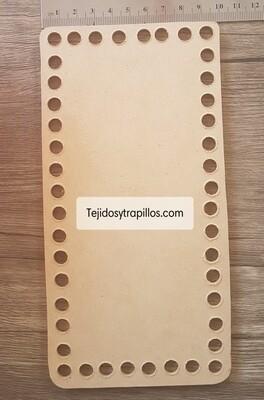 Base de madera rectangular con orificios 20 x 10  cm