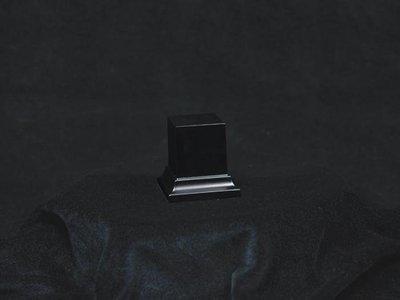 Wooden Base Black, 35x35x50mm - Sockel - Andrea