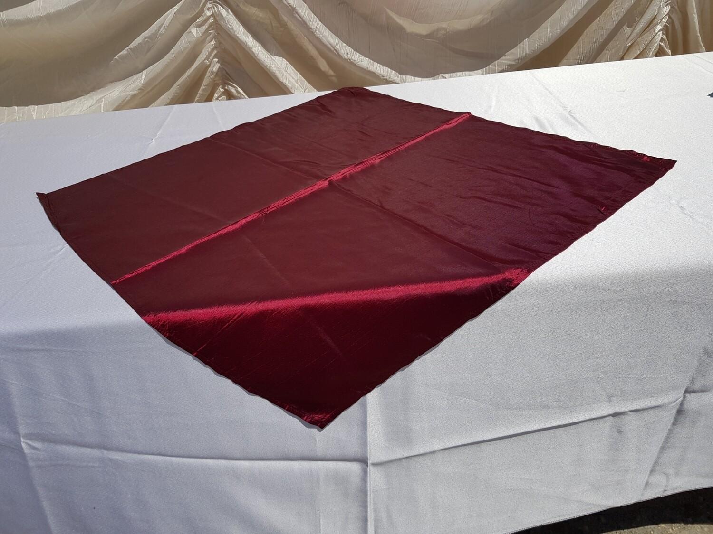 Napron 70x70 cm tafta visinie
