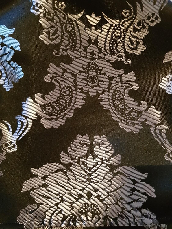 Servet 30x30 cm brocart tapet negru & argintiu