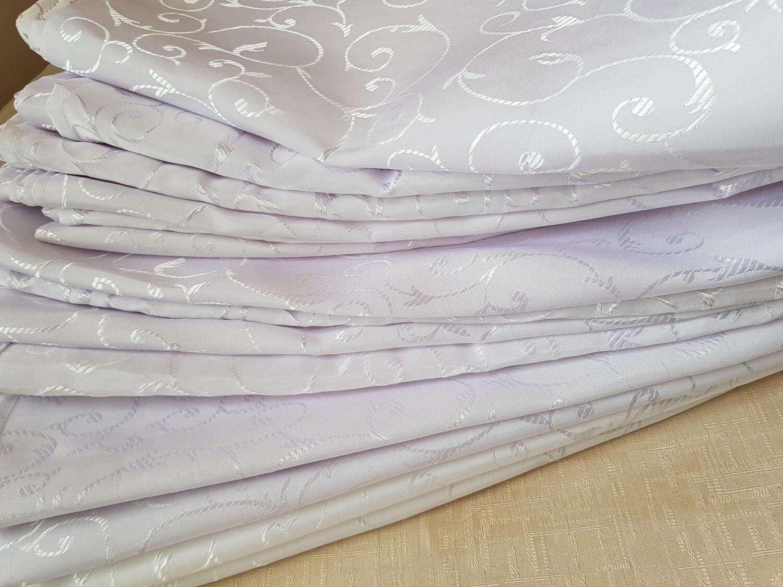 Servet brocart alb model cerculete, 45x45 cm