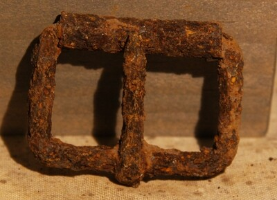 JUST ADDED ON 5/27 - GETTYSBURG - DEVIL'S DEN - ROSENSTEEL FAMILY - Large Roller Buckle from an Accoutrement Strap