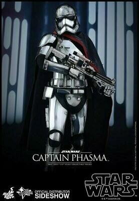 Hot Toys - Captain Phasma Sixth Scale Figure