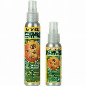 Anti-Bug Shake & Spray Badger 4 oz.