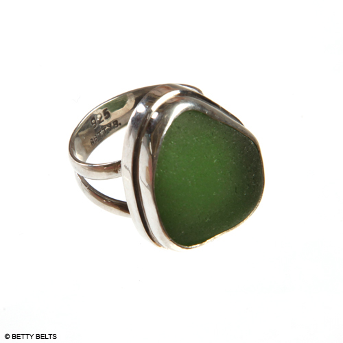CLASSIC Double Bezel, Double Band Sea Glass Ring in green