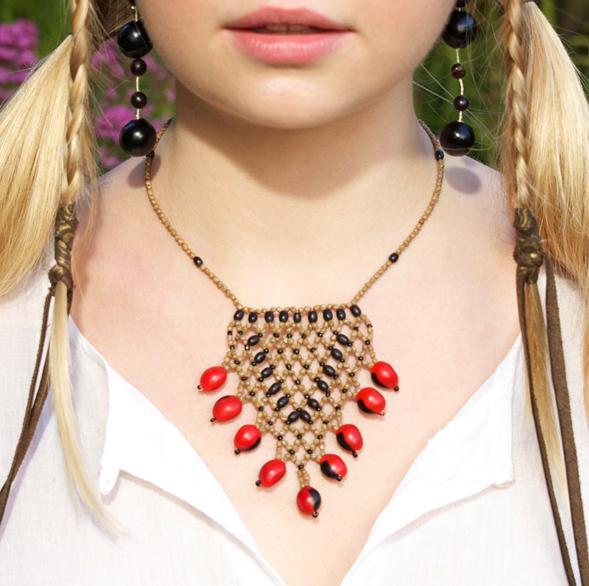 Awajun Beaded Necklace aka Adeli Net Pendant