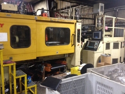 225 Ton Husky Injection Molding Machine For Sale