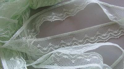 Pale Peppermint Lace