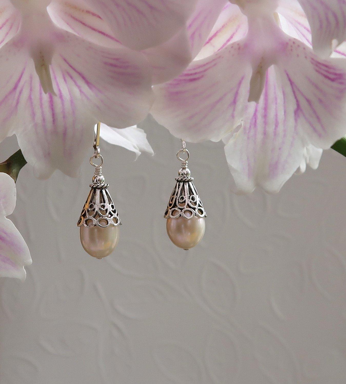 Tear Drop Cultured Pearls