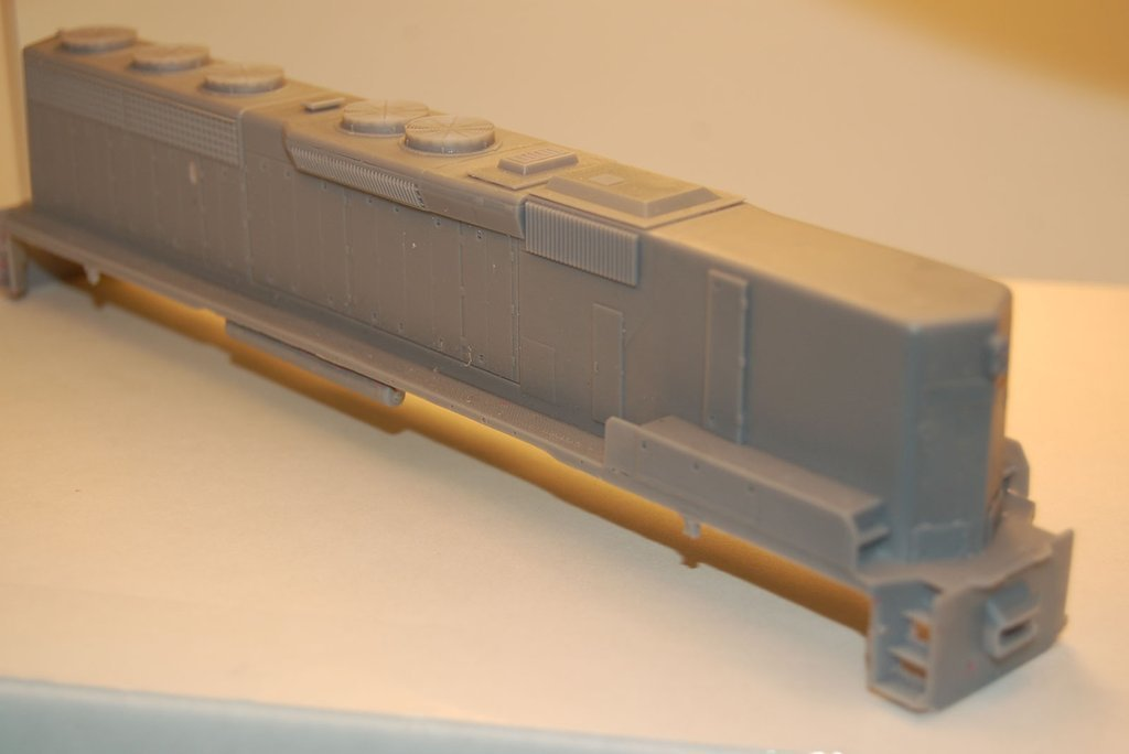 SD45-2 B Unit, Phase 2, Engine Shell, HO Scale Trains