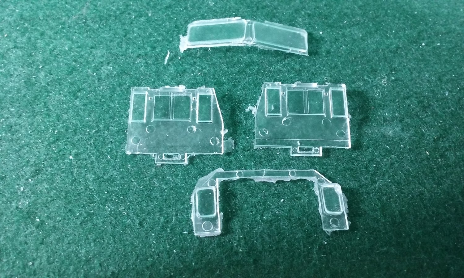 HO Scale Detail Part - GE AC44C6M Cab Glass Set